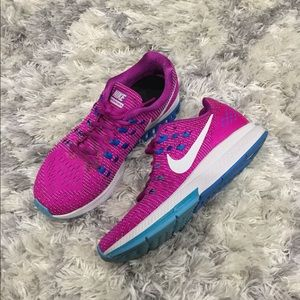 Wmns Nike Air Zoom Structure